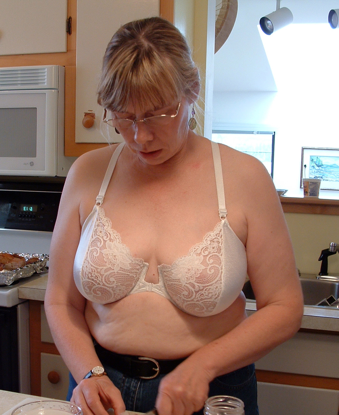 Pics of naked mature house wifes